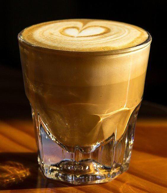 طريقة تحضير واعداد قهوة الكورتادو